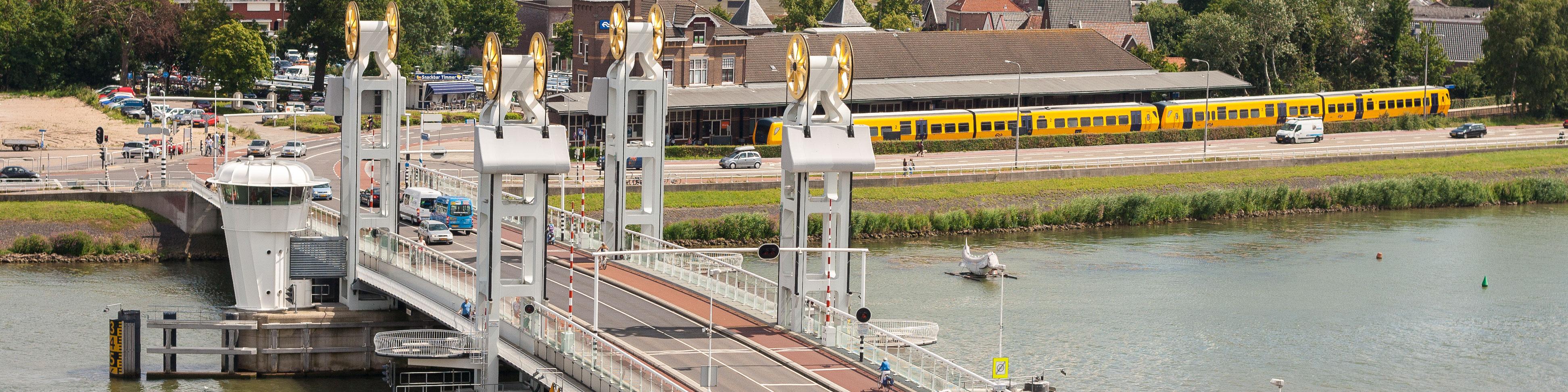 Arrangementen. Ontdek Kampen per boot, fiets en te voet !